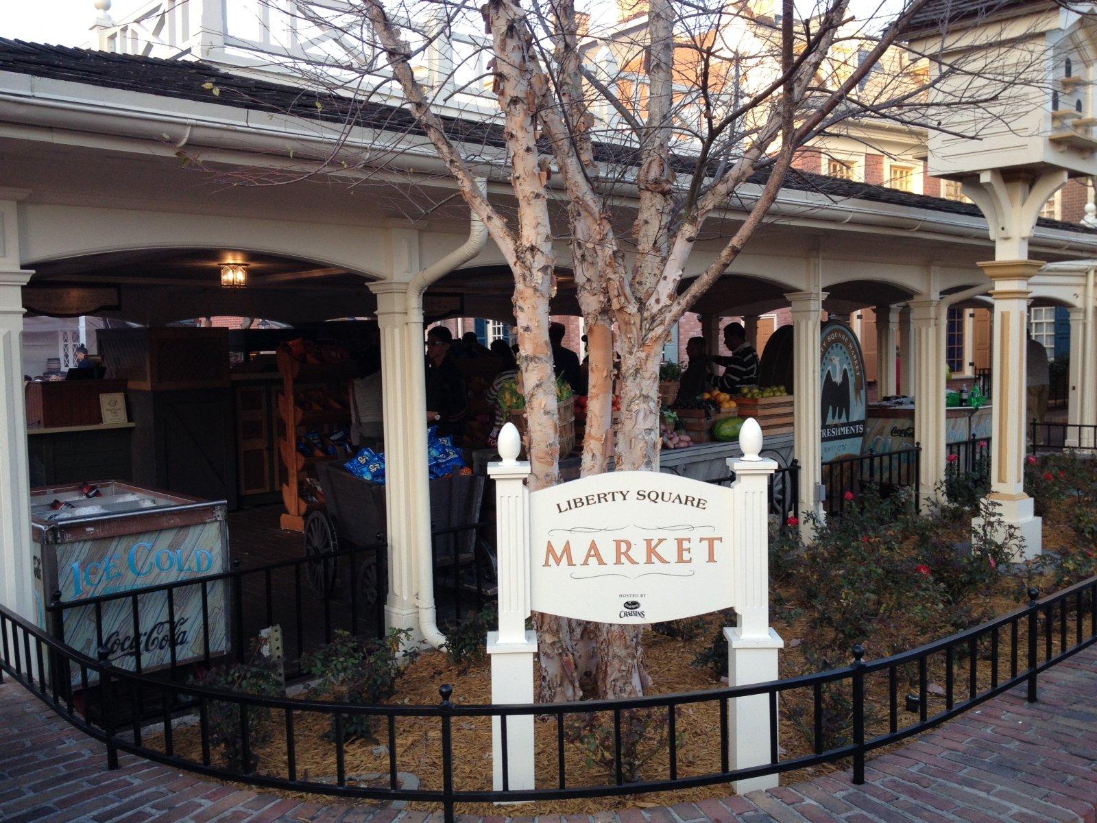 Magic Kingdom Restaurants and Menus  Magic Kingdom Dining Locations